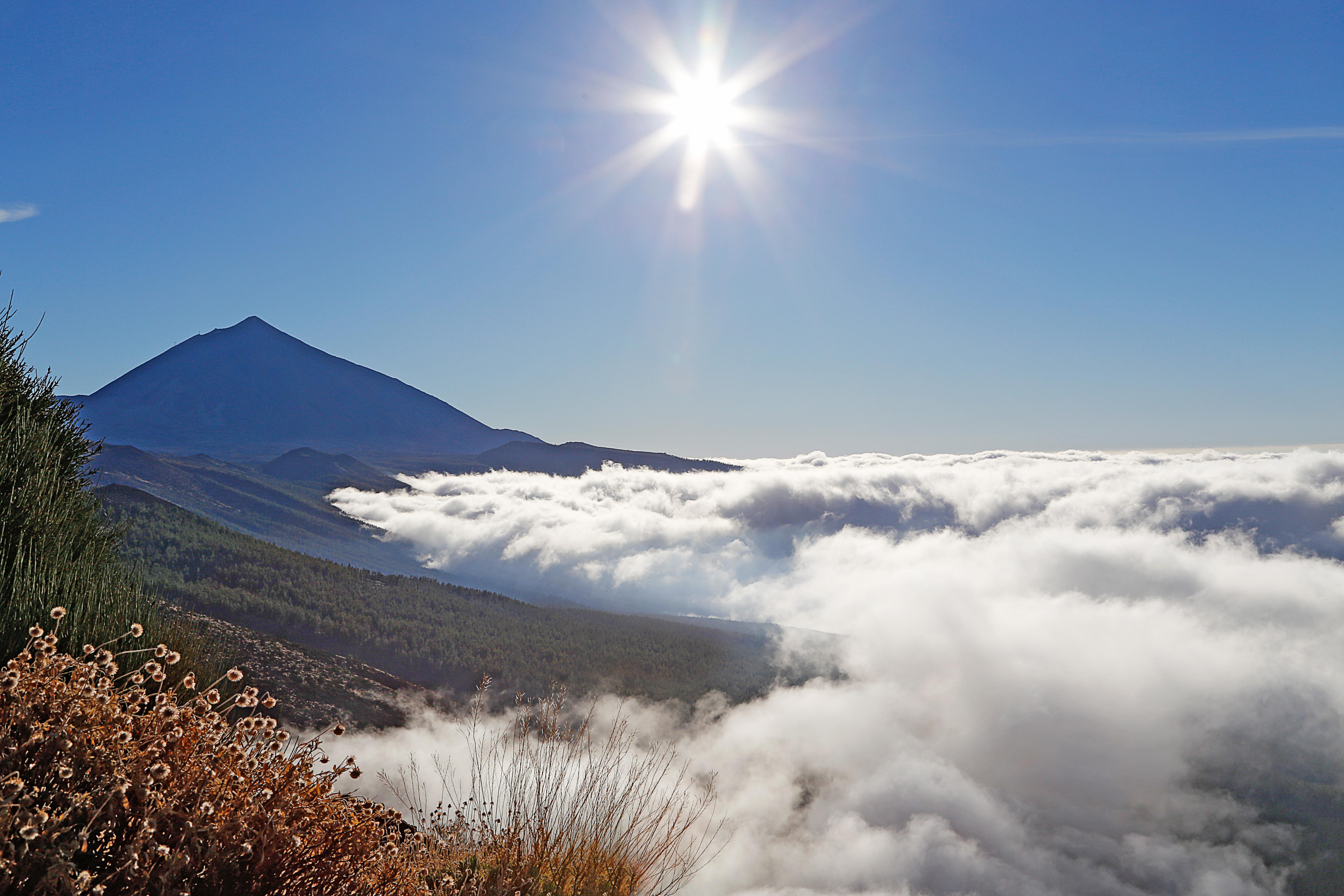 Teide en las nubes